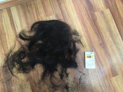 髪の量 画像
